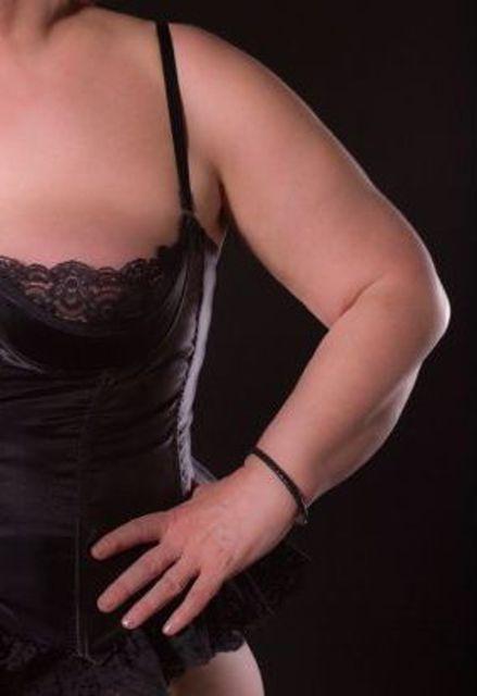 Larissa57 - Ich würde nicht sagen, dass ich schlank bin...