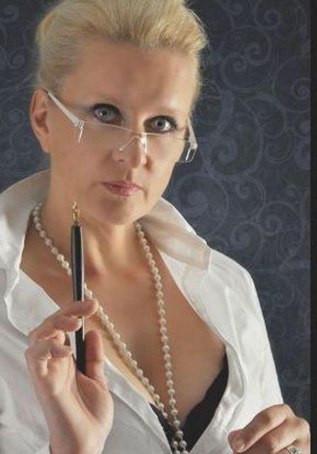 Fairytale - Dominante Frau für den devoten Mann!
